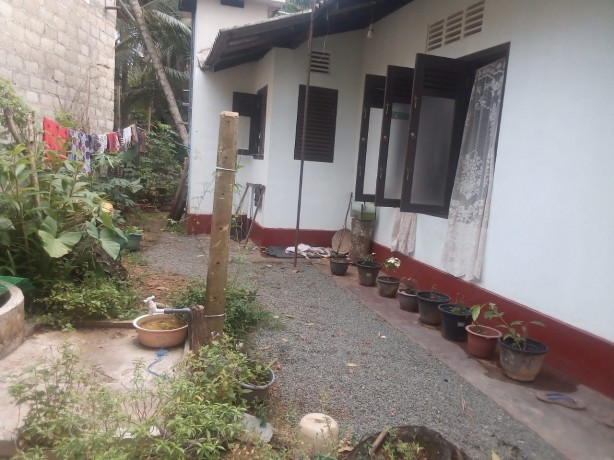House  For Sale In Unawatuna